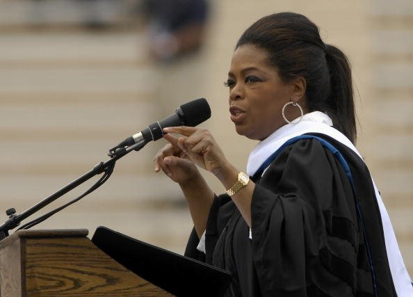 Oprah Winfrey speaks during the commencement ceremony at Duke University |  Photo: Getty Images