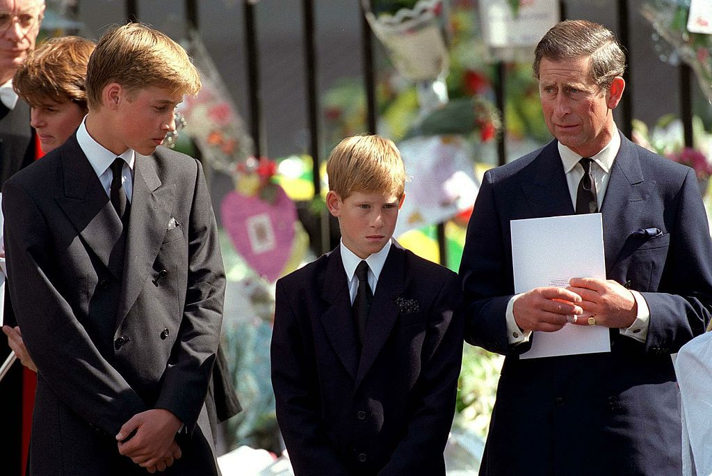Charles, Prince of Wales, Prince William and Prince Harry stand outside Westminster Abbey at the funeral of Diana, Princess of Wales on September 6, 1997 in London | Source: Getty Images