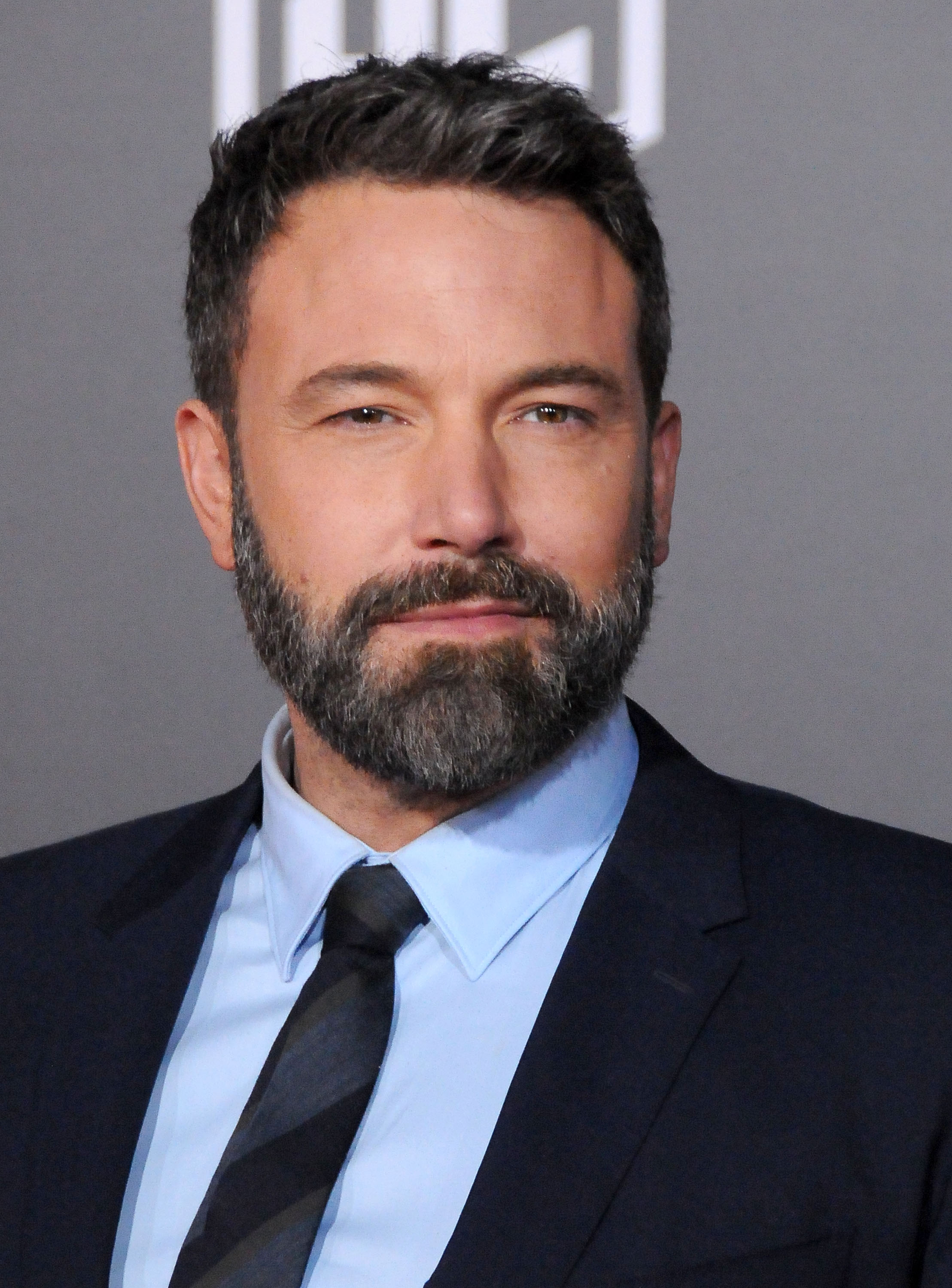 Ben Affleck attends the premiere of Warner Bros. Pictures' 'Justice League' on November 13, 2017 in Hollywood, California. | Source: Getty Images.