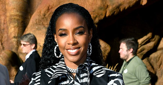 Kelly Rowland & Her Sons Show Their Strong Bond as They Cuddle during a Precious Family Moment
