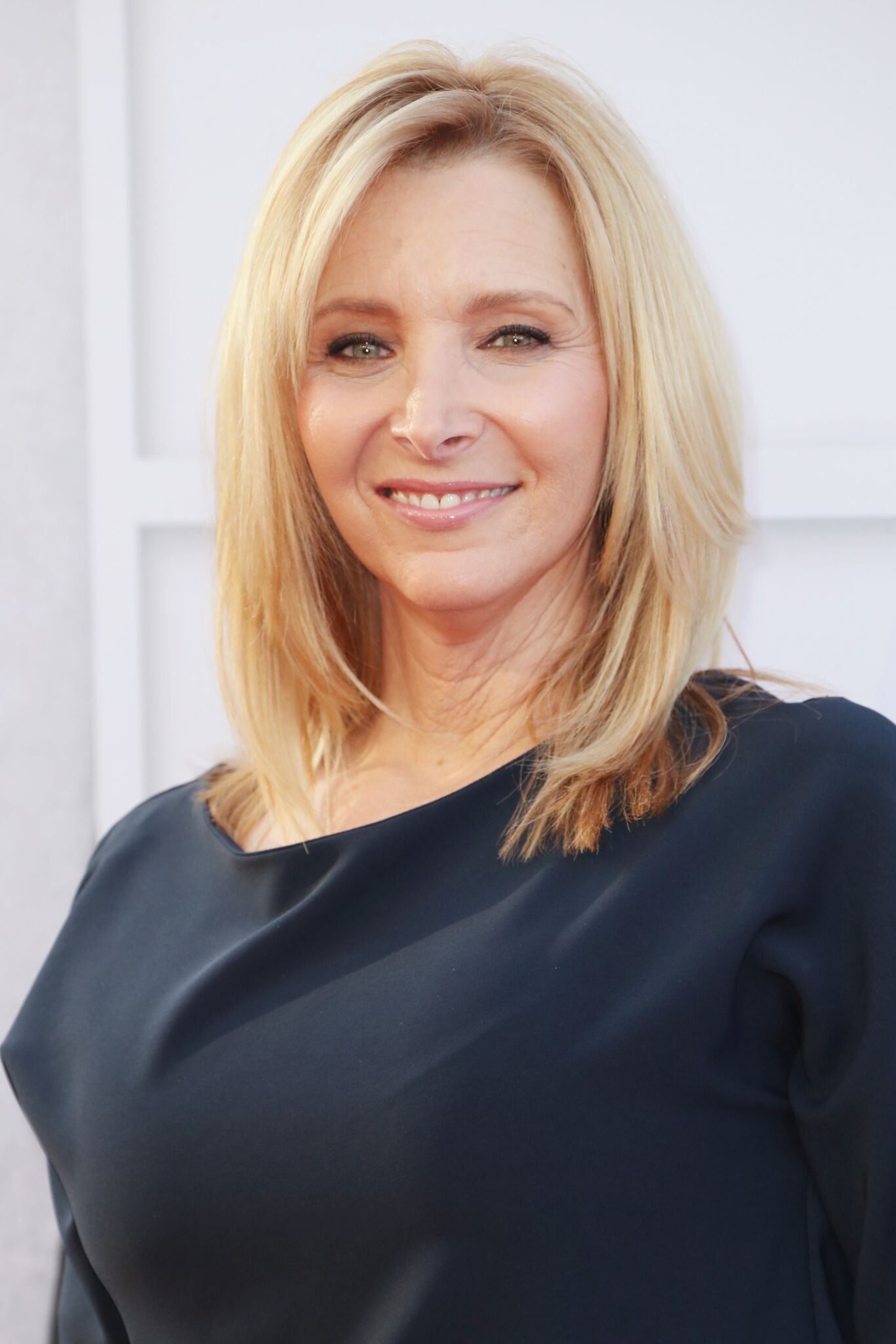 Lisa Kudrow arrives at American Film Institute's 45th Life Achievement Award Gala Tribute to Diane Keaton at Dolby Theatre | Getty Images
