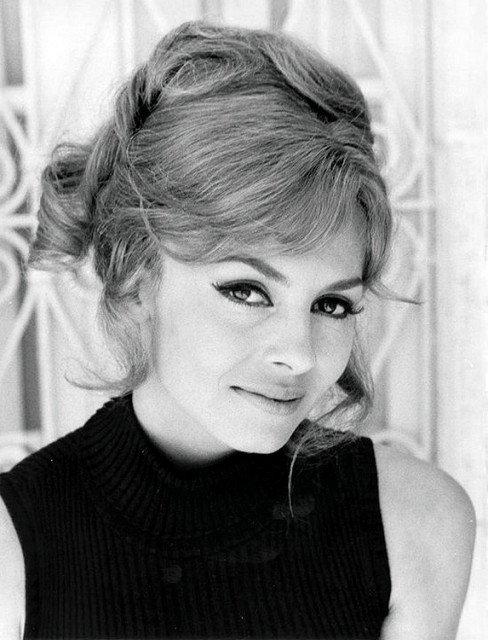 Michèle Mercier dans sa jeunesse. l Source: Flickr