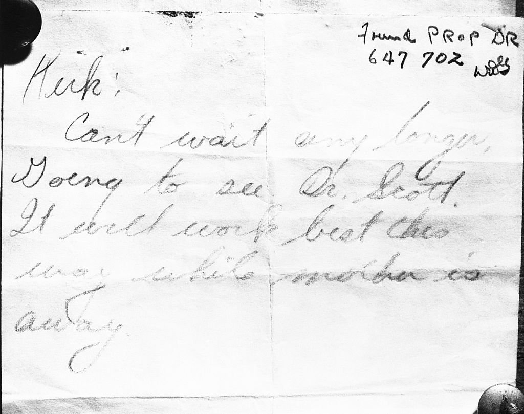 A letter found in Jean Spangler's purse which is thought to have been addressed to Kirk Douglas, 1949 | Photo: Getty Images