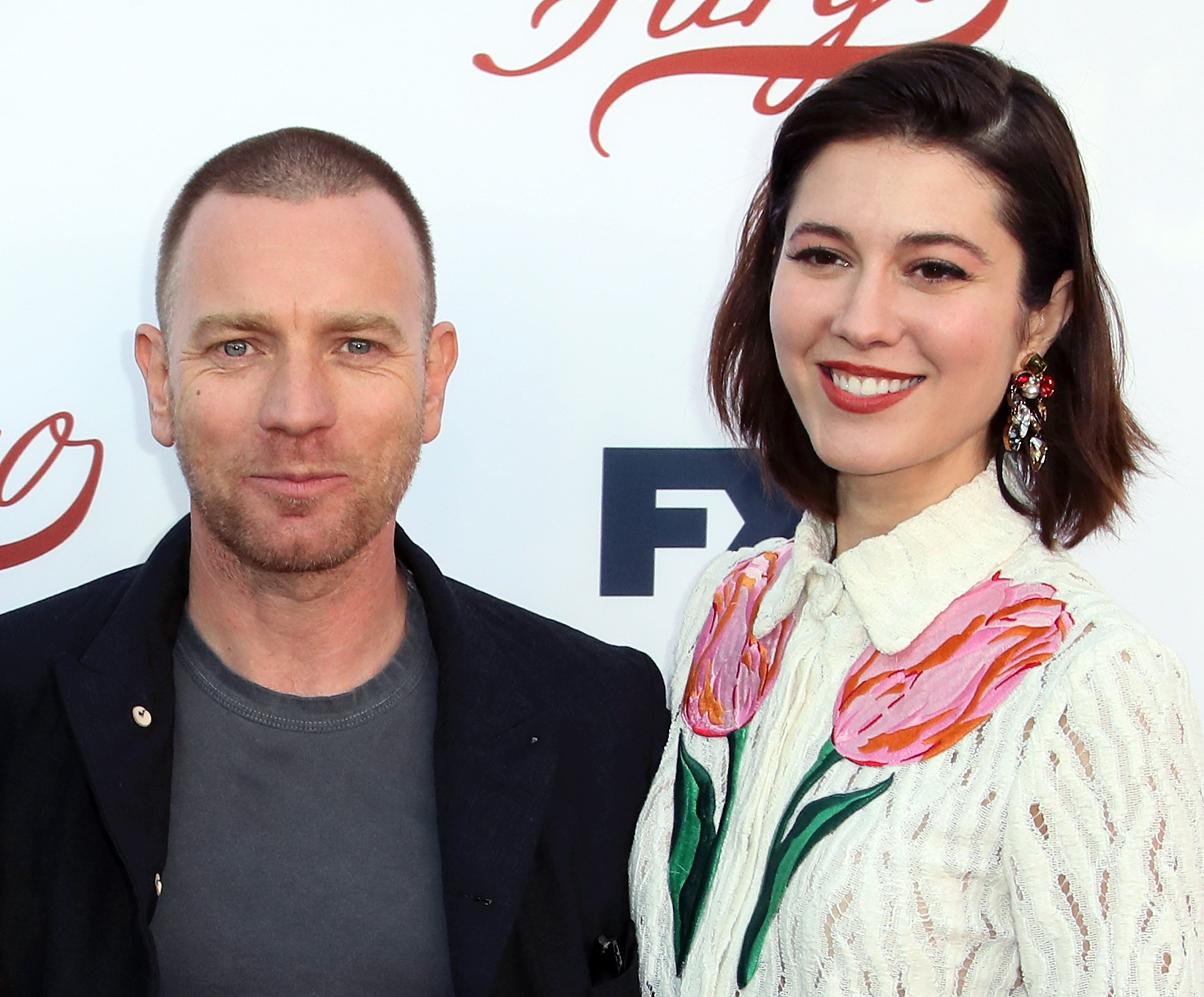 "Die Schauspieler Ewan McGregor (L) und Mary Elizabeth Winstead nehmen am 11. Mai 2017 an der Veranstaltung ""Fargo"" For Your Consideration von FX im Saban Media Center in North Hollywood, Kalifornien, teil. 