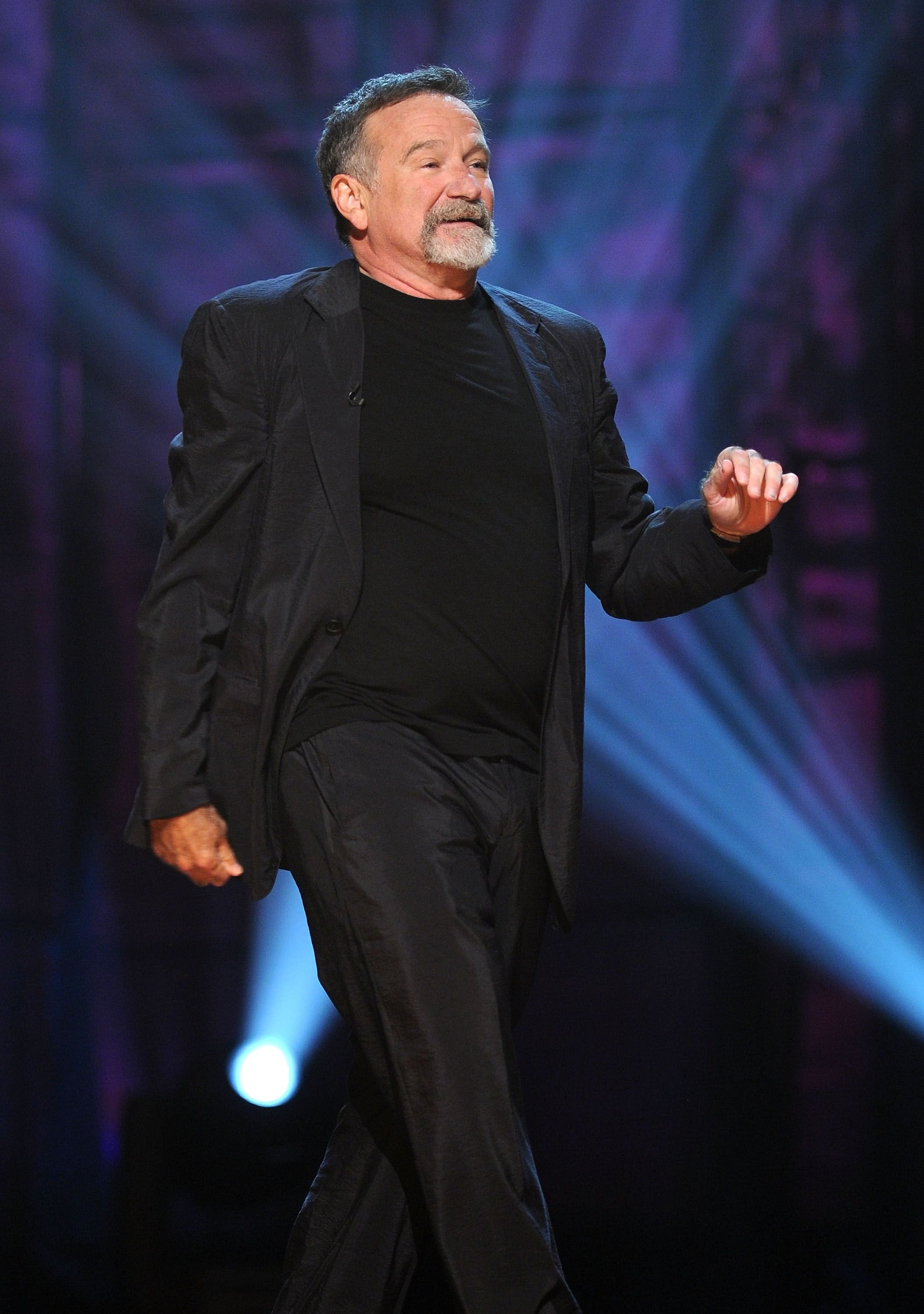 Robin Williams speaks onstage at Comedy Central's Night Of Too Many Stars: An Overbooked Concert For Autism Education. | Source: Getty Images