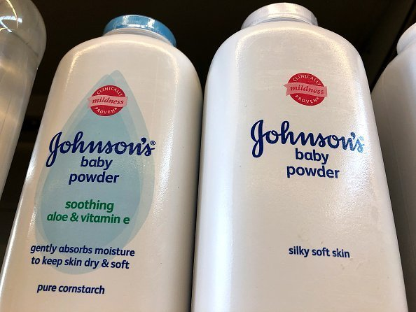 Terry Leavitt was granted $29 million in damages after she accuses Johnson & Johnson of causing cancer | Photo: Getty Images