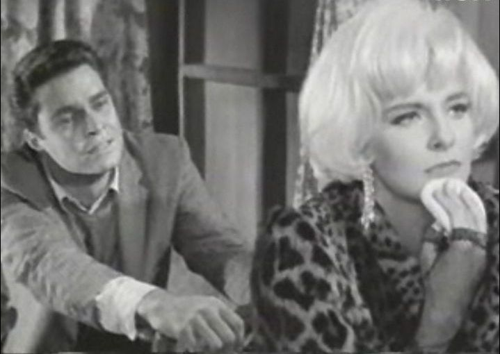Richard Beymer and Joanne Woodward from the trailer for the film The Stripper. | Source: Wikimedia Commons