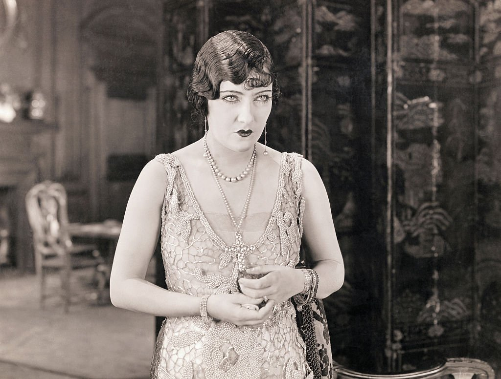 """Photo of Gloria Swanson from the movie """"Beyond the Rocks""""   Photo: Getty Images"""