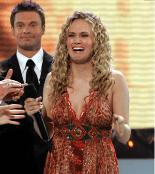 Carrie Underwood's expression on stage the moment she was pronounced the winner of American Idol, 14 years ago | Photo: Pinterest