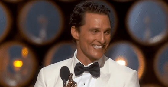 Matthew McConaughey. | Foto: YouTube /Nicki Swift Español