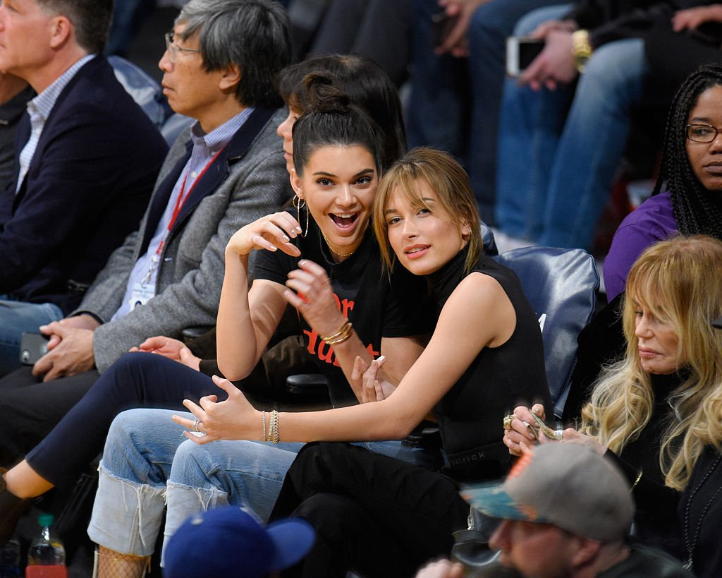 Kendall Jenner (L) and Hailey Baldwin attend a basketball game between the Memphis Grizzlies and the Los Angeles Lakers at Staples Center, January 2017   Source: Getty Images