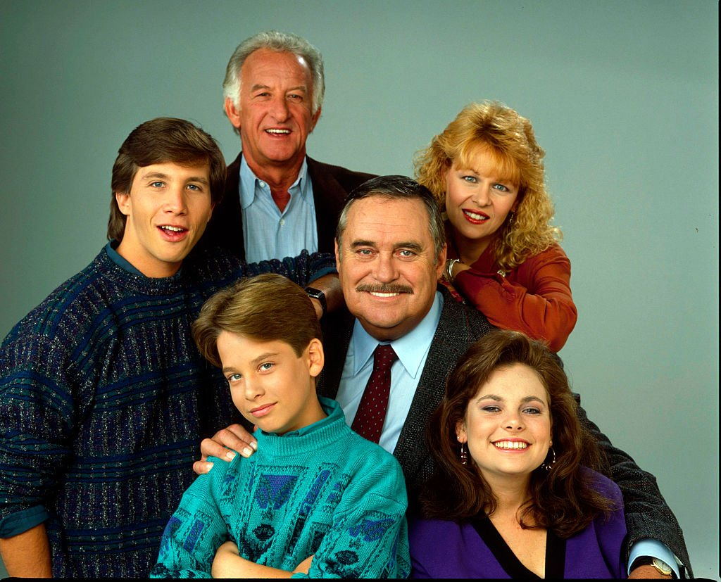 """Rob Stone, Christopher Hewett, Ilene Graff, Tracy Wells, and Brice Beckham on """"Mr. Belvedere"""" on August 21, 1989   Photo: Getty Images"""