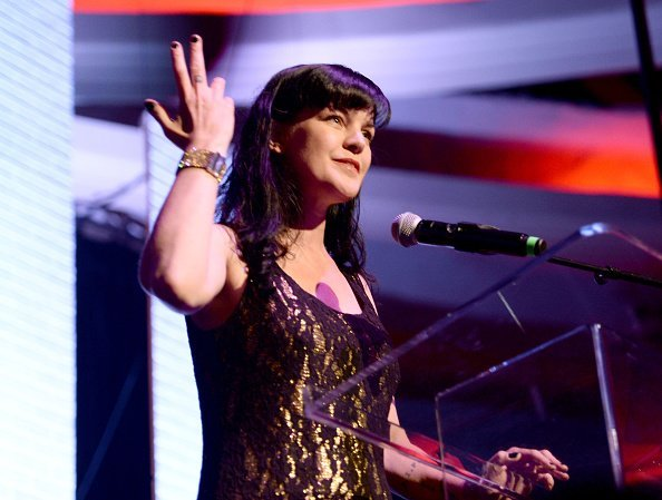 Pauly Perrette speaks at An Evening with Women benefiting the Los Angeles LGBT Center at the Hollywood Palladium on May 21, 2016, in Los Angeles, California. | Source: Getty Images.