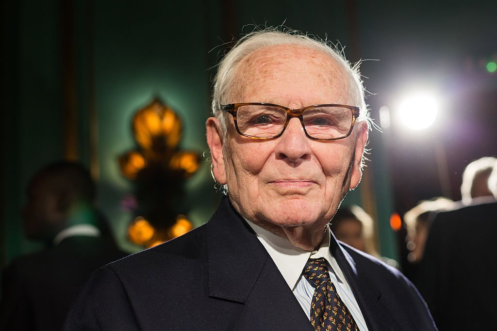 Portrait du couturier Pierre Cardin | source : Getty Images