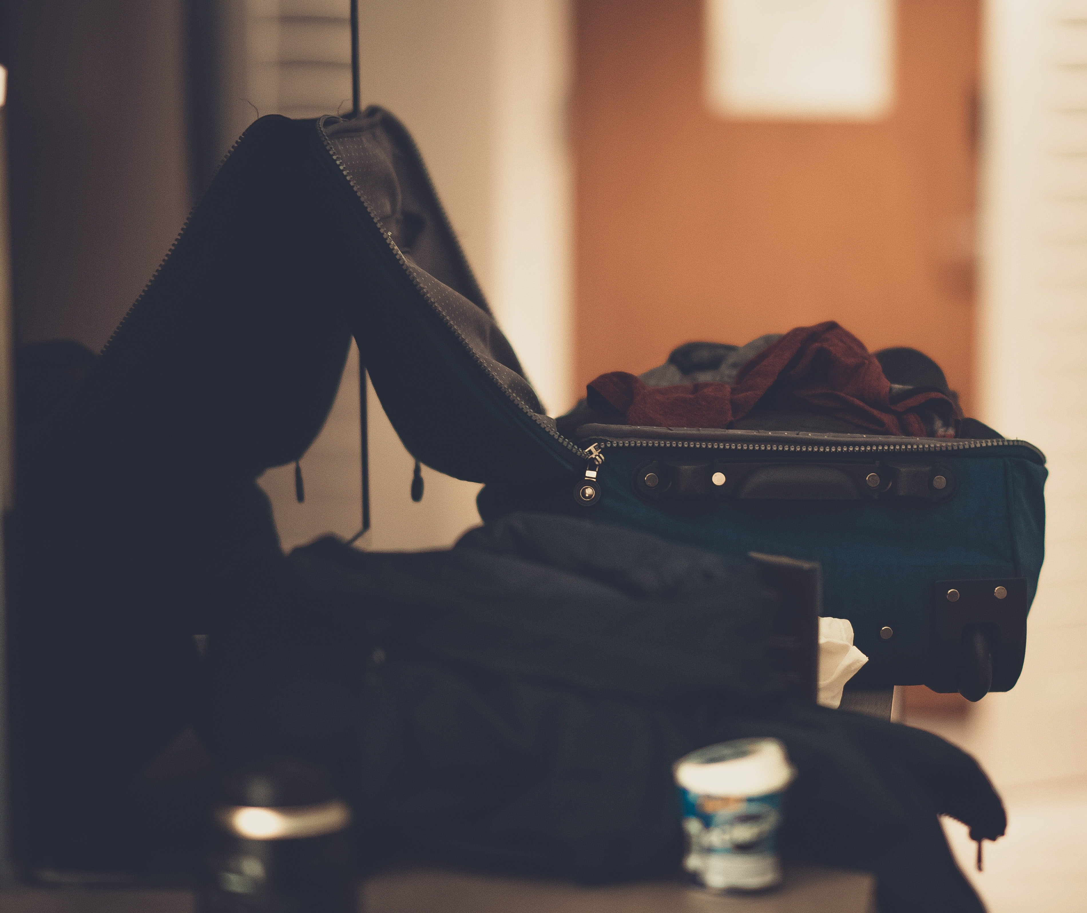 Jake began packing up his things at his own house   Source: Pexels