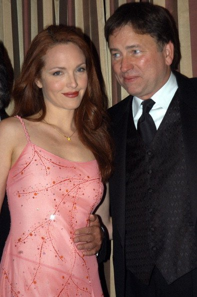 Amy Yasbeck and John Ritter. during 2003 Music Center Artist Awards at The Beverly Regent Hotel in Los Angeles, California, United States | Photo: Getty Images