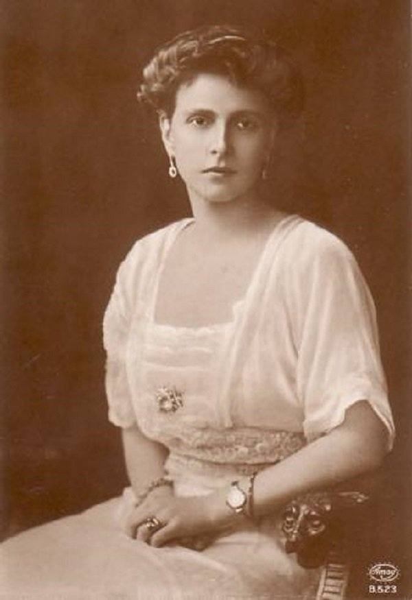 Princess Alice of Battenberg shortly after her marriage to Prince Andrew of Greece I Image: Wikimedia Commons