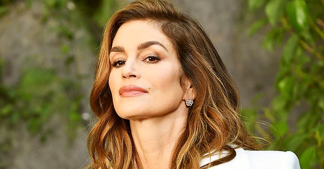 Cindy Crawford Stuns in This behind-the-Scenes Photo Shoot for 'Meaningful Beauty' (Video)
