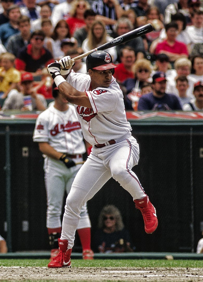 Manny Ramirez bats in a game of the California Angels against the Cleveland Indians on June 8, 1996 | Photo: Wikimedia Commons Images