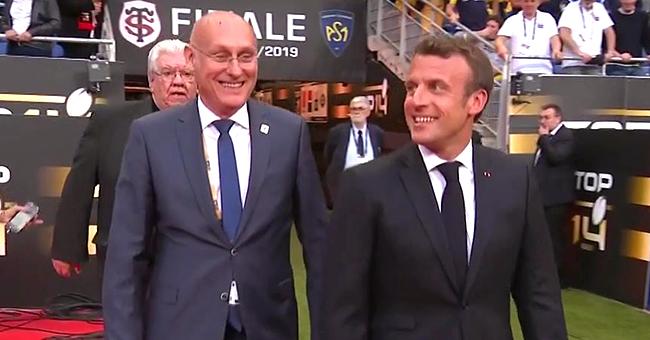 Emmanuel Macron sifflé à l'arrivée au Stade de France