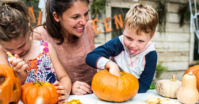 Halloween Craft Ideas to Do with Your Children or Grandchildren This Year