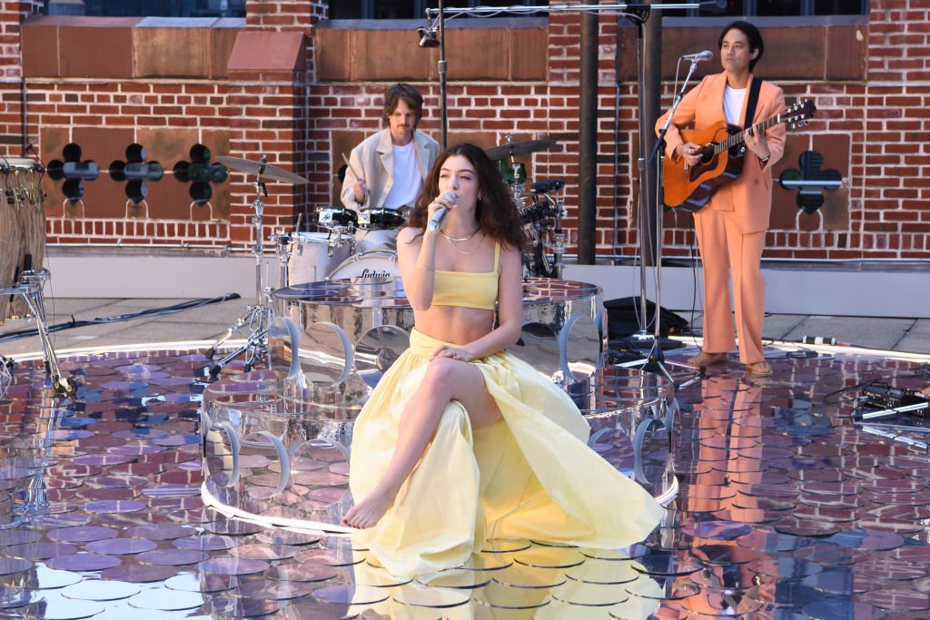Lorde performing as a musical guest on The Late Show with Stephen Colbert, July 2021   Source: Getty Images