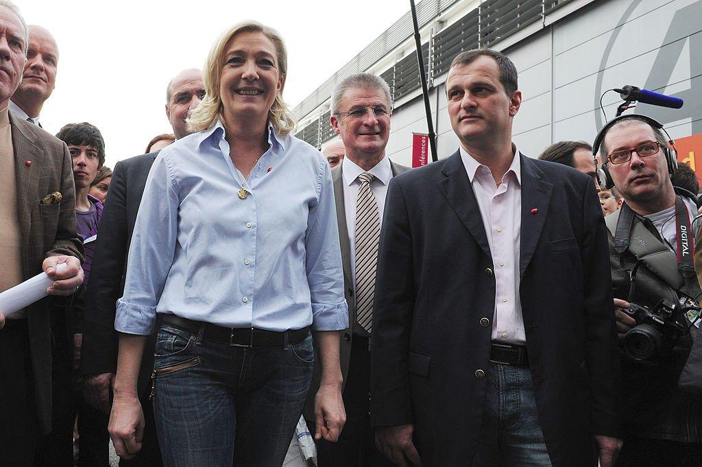 Louis Aliot et Marine Le Pen le 25 février 2011 à Paris. l Source : Getty Images