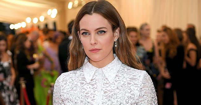 Elvis' Granddaughter Riley Keough Is Mom Lisa Marie Presley's Carbon Copy Posing in Matching Floral Print Outfits