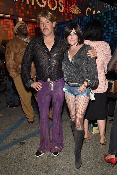 Kurt Iswarienko and Shannen Doherty attend Casamigos Halloween Party on October 27, 2017, in Los Angeles, California. | Source: Getty Images.