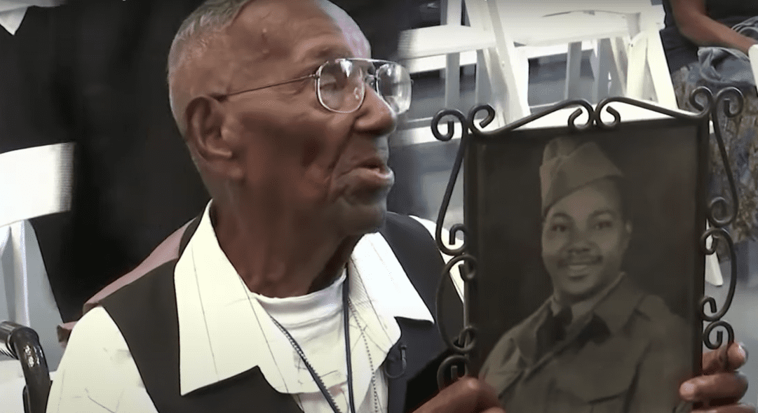 Lawrence Brooks celebrates his 110th birthday with an interview on CBS. | Source: YouTube.com/CBSThisMorning