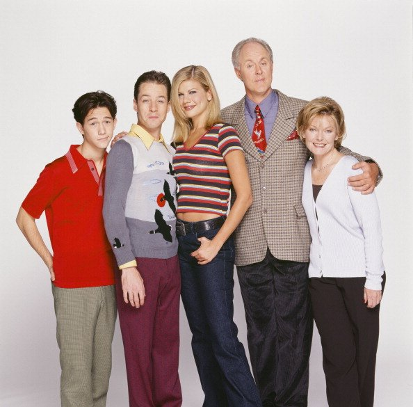 """Main Casts of """"3rd Rock from the Sun"""" : Joseph Gordon-Levitt, French Stewart, Kristen Johnston, John Lithgow, and Jane Curtin, undated image.   Photo: Getty Images"""