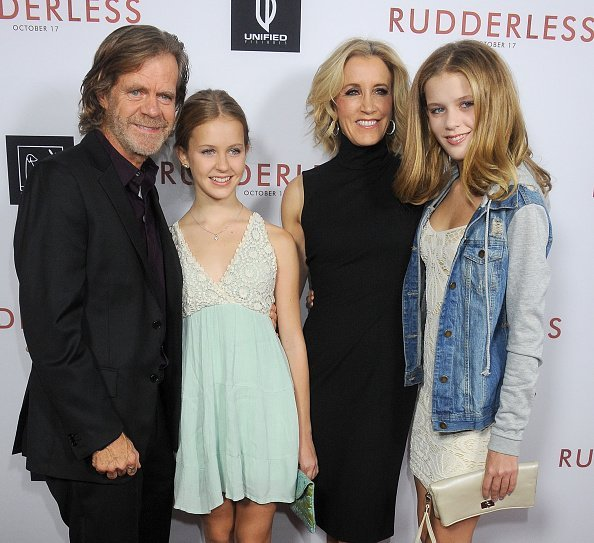 William H. Macy, Georgia Grace Macy, Felicity Huffman and Sophia Grace Macy at Los Angeles in October 2014 | Photo: Getty Images