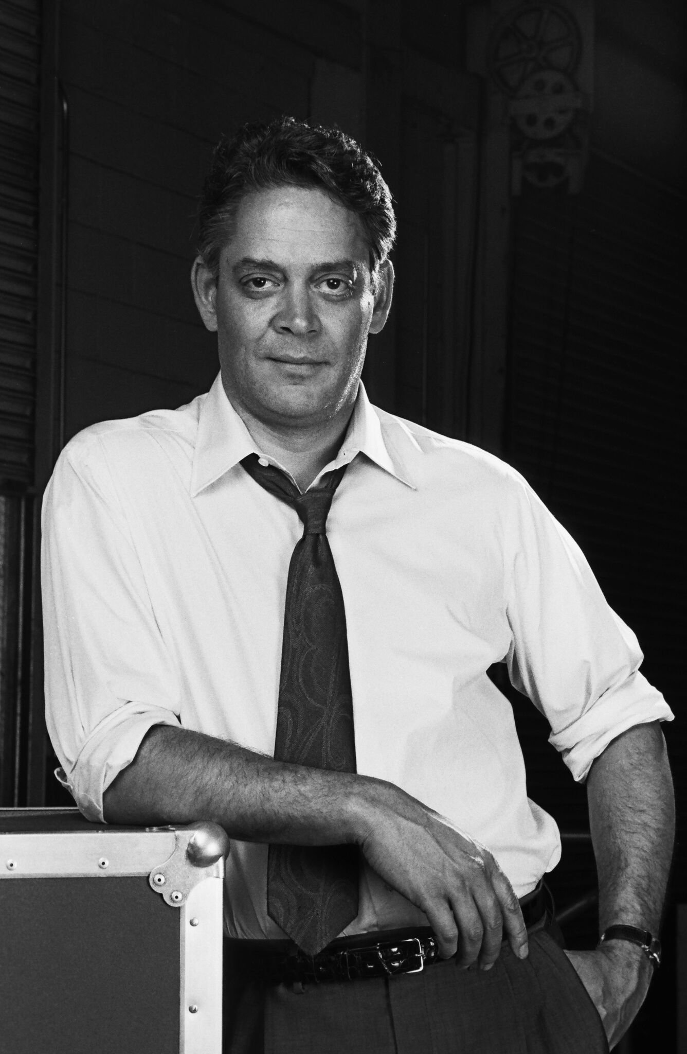 Stage and film actor, Raul Julia, poses during a 1988 Santa Monica, California, photo portrait session. | Getty Images