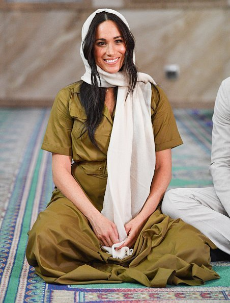 Meghan, Duchess of Sussex visits the Auwal Mosque with Prince Harry, Duke of Sussex during day two of their royal tour of South Africa | Photo: Getty Images