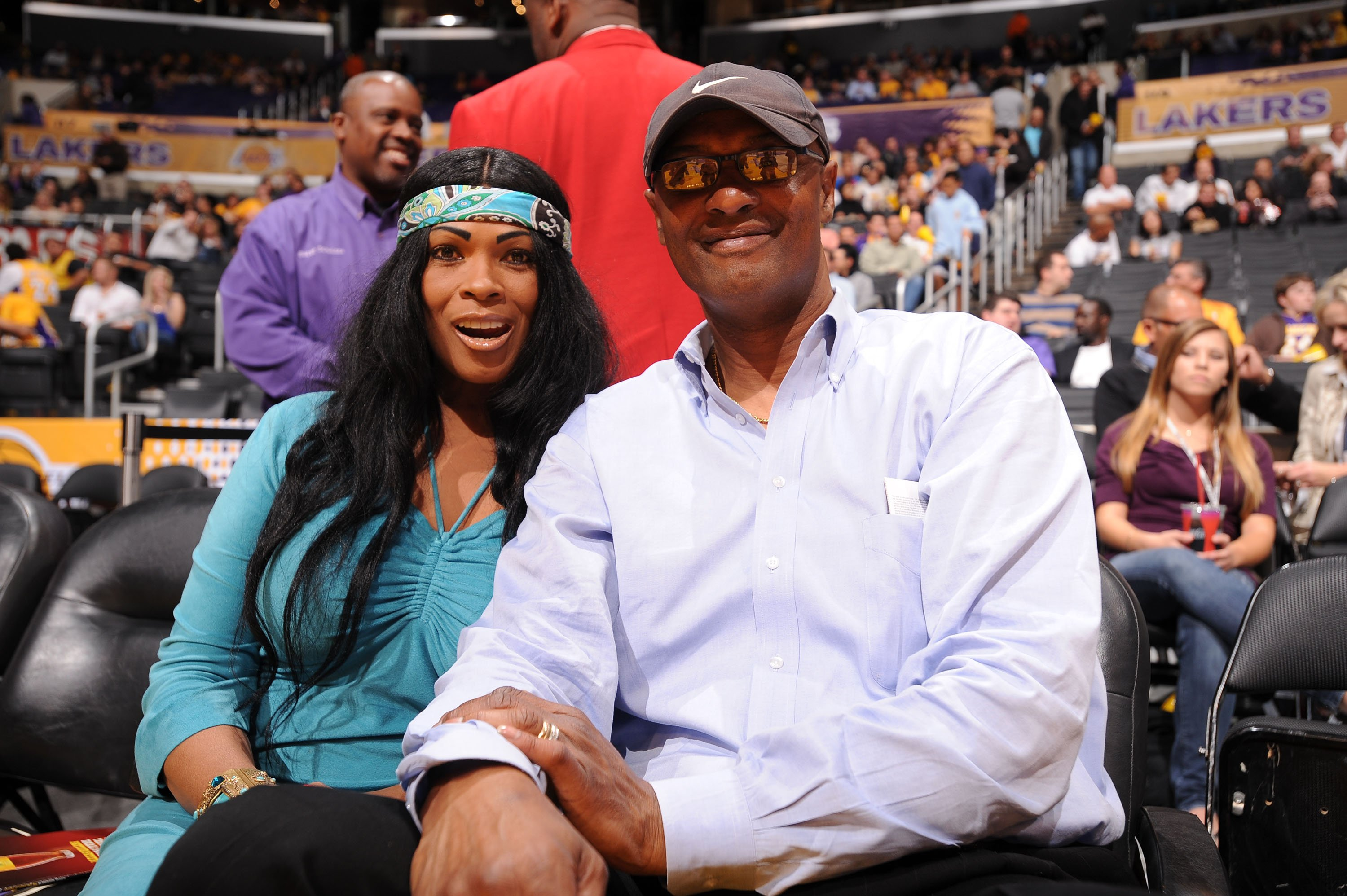 Pam and Joe Bryant at a game between the Oklahoma City Thunder and the Los Angeles Lakers on April 27, 2010 in California | Photo: Getty Images