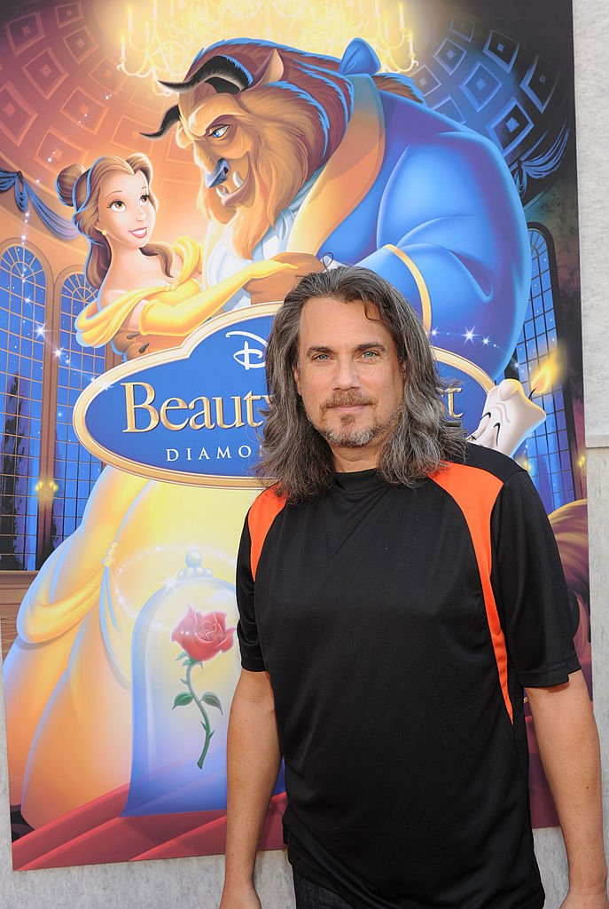 Robby Benson arrives at the 'Beauty and the Beast' Sing-A-Long DVD premiere at the El Capitan theater on October 2, 2010 in Los Angeles, California. | Source: Getty Images