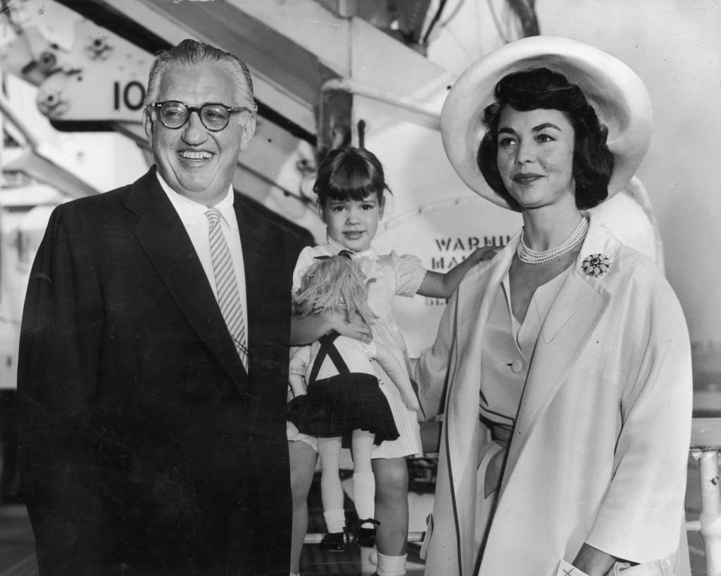"""David O. Selznick (1902 - 1965) and his second wife, Jennifer Jones, with their three-year-old daughter, Mary Jennifer, aboard the """"Queen Elizabeth.""""   Photo: Getty Images"""