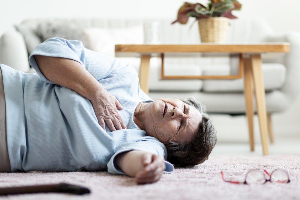 Femme victime d'une crise cardiaque.   Photo: Shutterstock