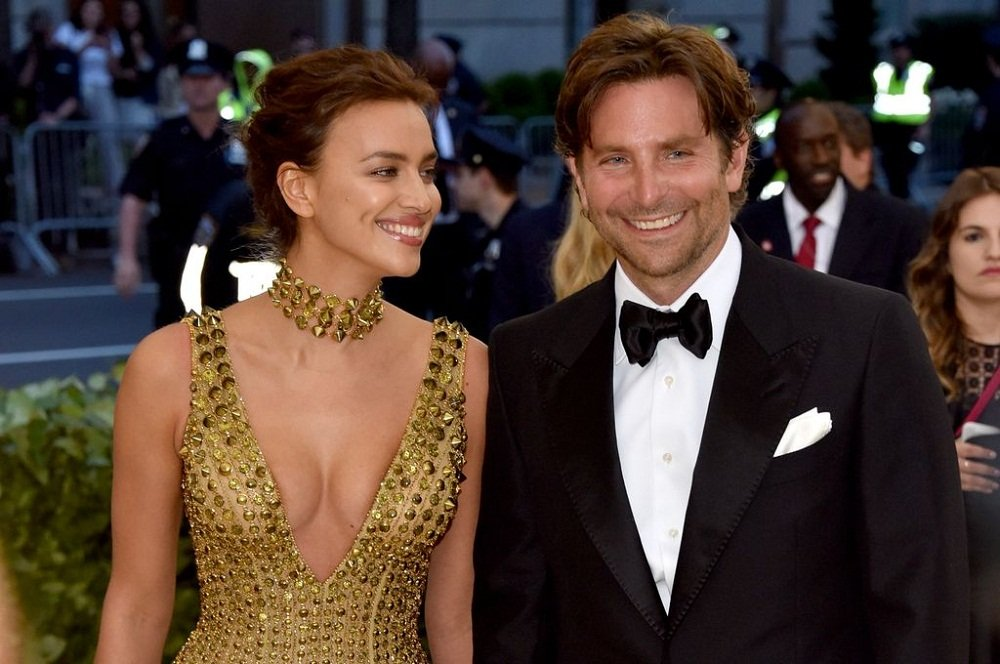 Irina Shayk and Bradley Cooper attending the Met Gala on May 2018. | Photo: Getty Images