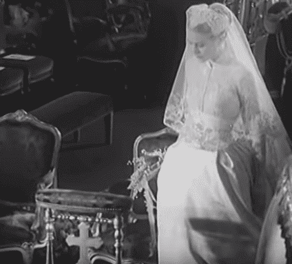 Grace Kelly on her wedding day.| Photo: YouTube/ British Pathe.