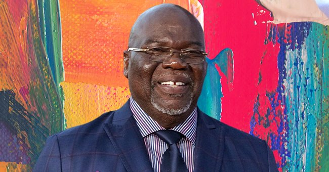 T.D. Jakes' Wife Serita Dons a Pink Puff-Sleeved Dress & Matching Mask in a Recent Snap