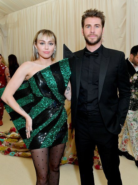 Miley Cyrus and Liam Hemsworth at Metropolitan Museum of Art on May 06, 2019 in New York City | Photo: Getty Images