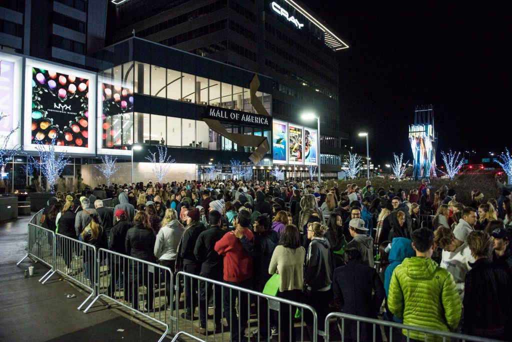 People lining outside the Mall of America. | Source: Getty Images