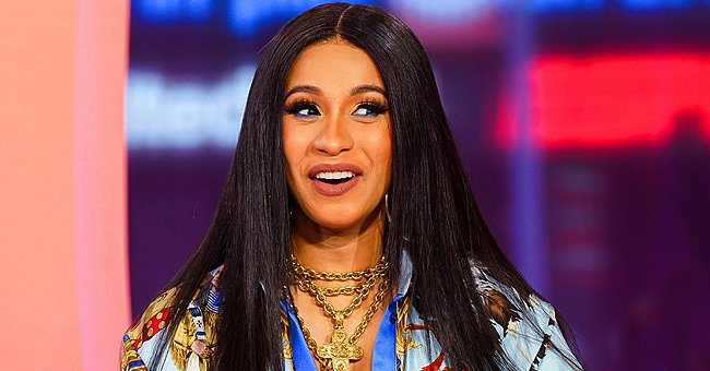 Cardi B's Husband Offset Presented Her with a Gorgeous Floral Bouquet in a Cute Snap