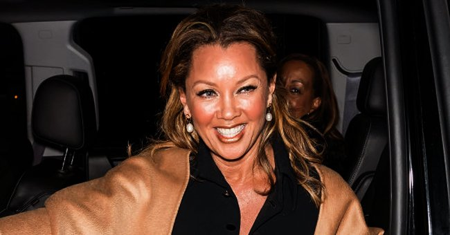 Check Out Vanessa Williams' Daughter Melanie's Toned Figure as She Poses in a Green Yoga Outfit