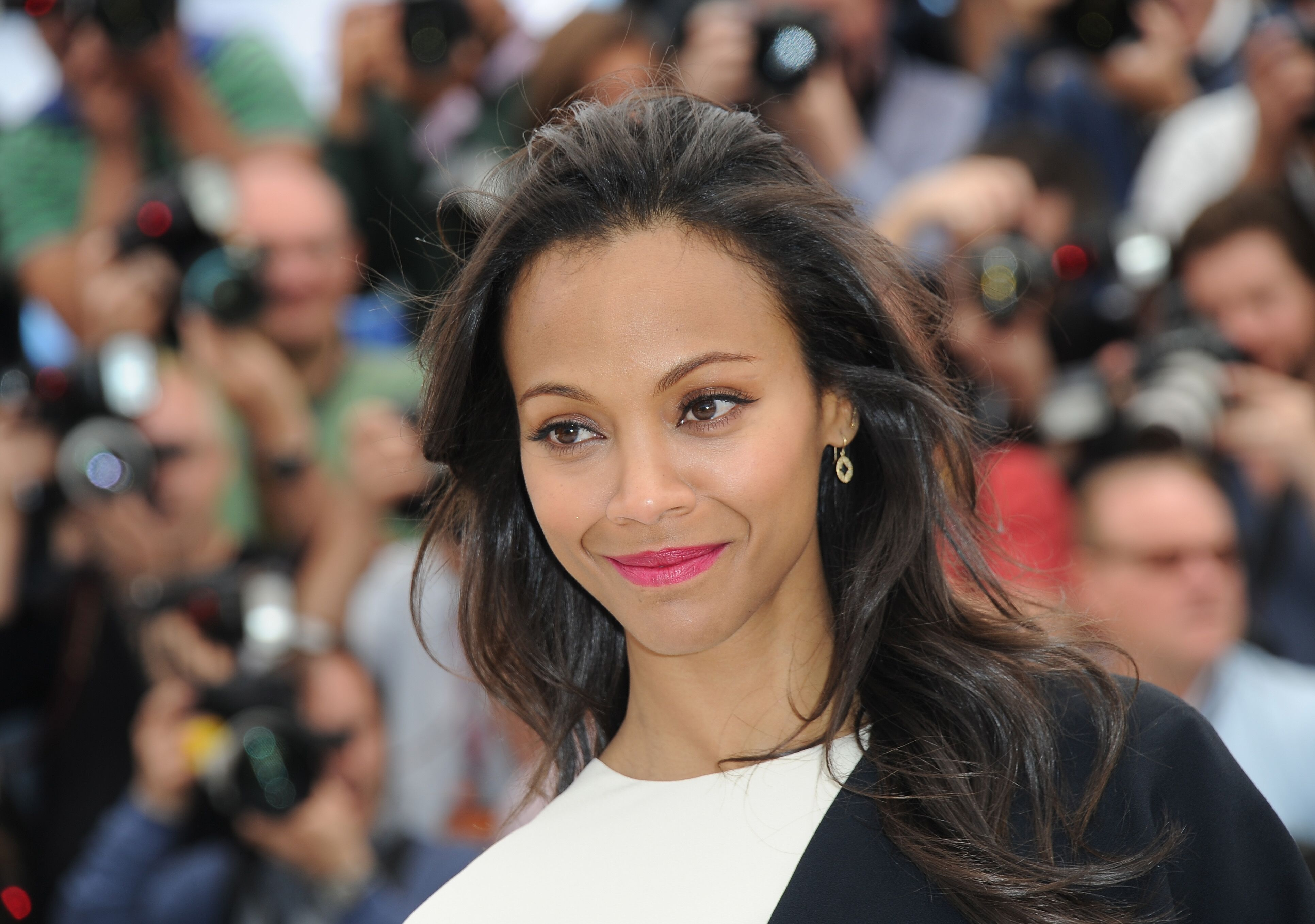 "Zoe Saldana attends the photocall for ""Blood Ties"" at the 66th Annual Cannes Film Festival on May 20, 2013 in Cannes, France 