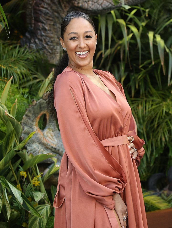 """Tamera Mowry-Housley arrives to the Los Angeles premiere of Universal Pictures and Amblin Entertainment's """"Jurassic World: Fallen Kingdom"""" held at Walt Disney Concert Hall on June 12, 2018 in Los Angeles, California. I Image: Getty Images."""