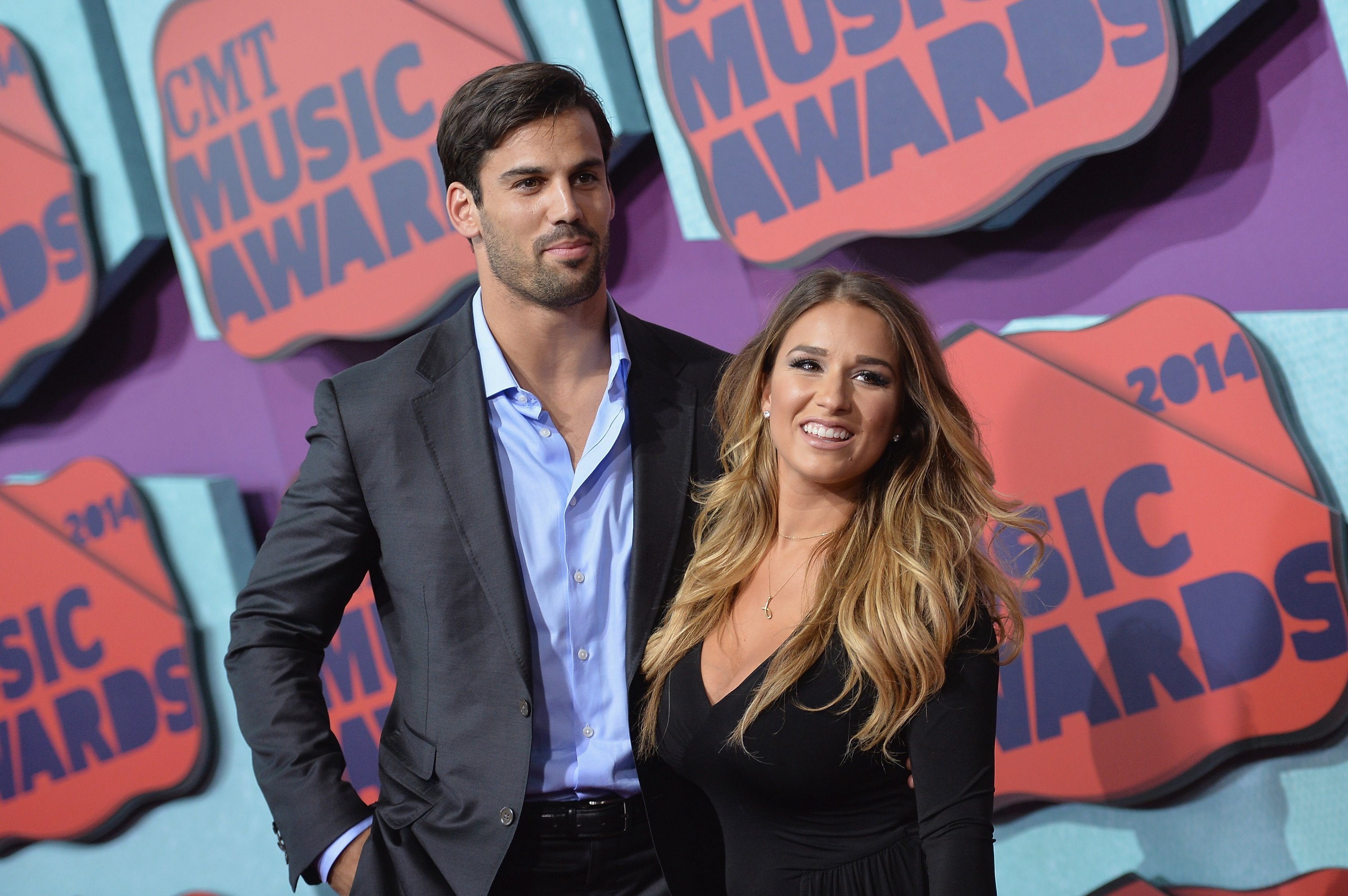 Jessie James decker and her husband, Eric Decker pictured attending the CMT Music Awards, 2014, Tennessee. | Photo: Getty Images.