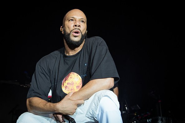 Common performing at l' Elysee Montmartre in Paris, France.  Photo: Getty Images.