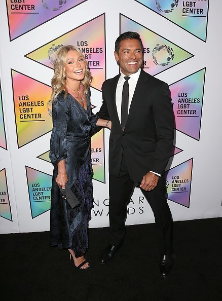 Kelly Ripa and Mark Consuelos attend the Los Angeles LGBT Center's 49th Anniversary Gala Vanguard Awards at The Beverly Hilton Hotel on September 22, 2018 in Beverly Hills, California | Photo: Getty Images